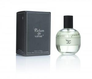 Au final, Parfum de Valise, est un parfum délicat et élégant. Il n'est ni féminin, ni masculin et pas plus unisexe. Il a une personnalité affirmée sans être pour autant envahissant.