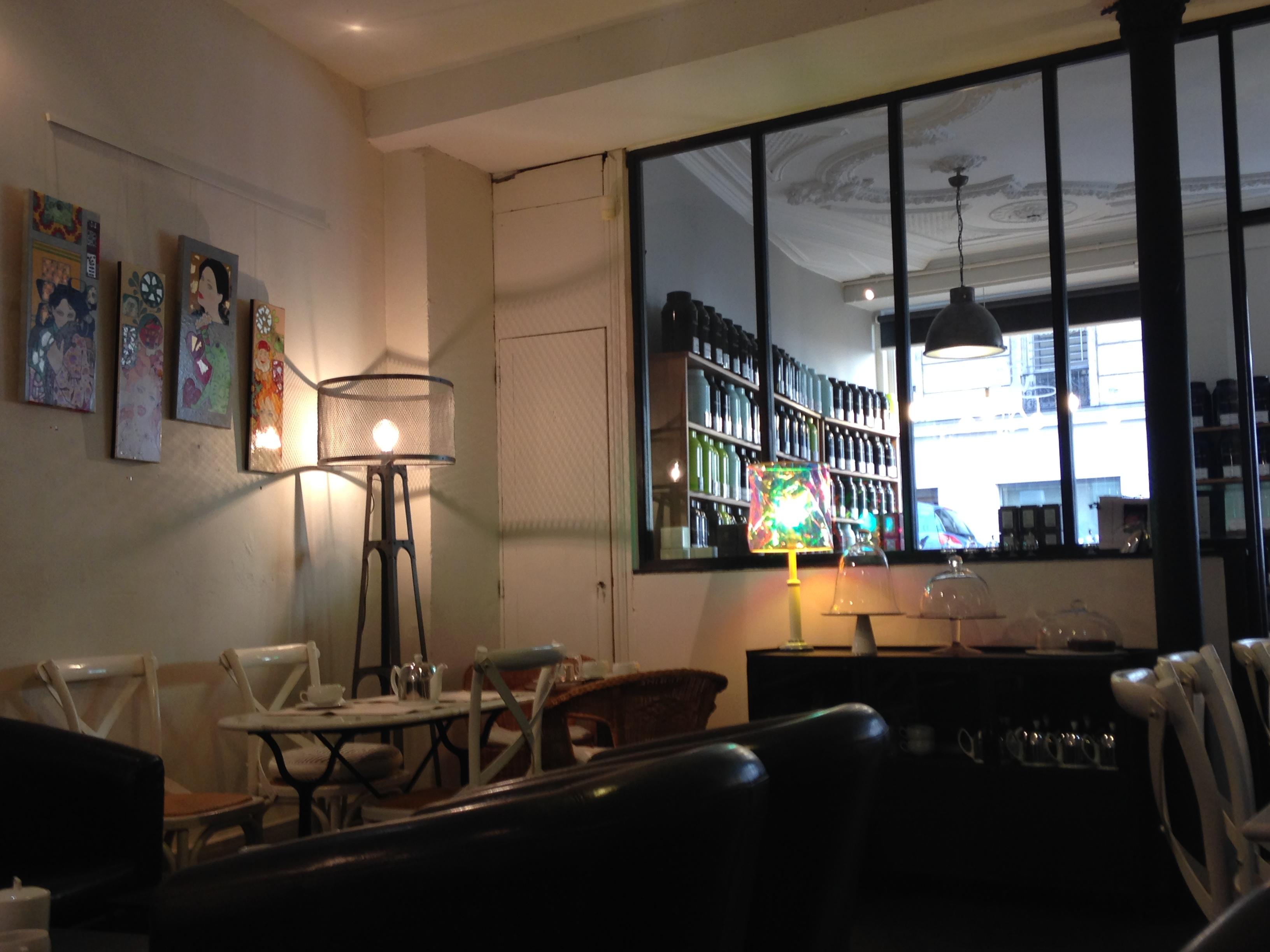 A l'heure du thé, le salon de thé incontournable à Paris
