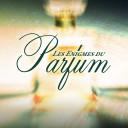 Je signe les Enigmes du Parfum au salon Alternative Fragrance & Beauty