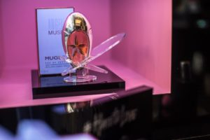pop-up-store-angel-muse-5