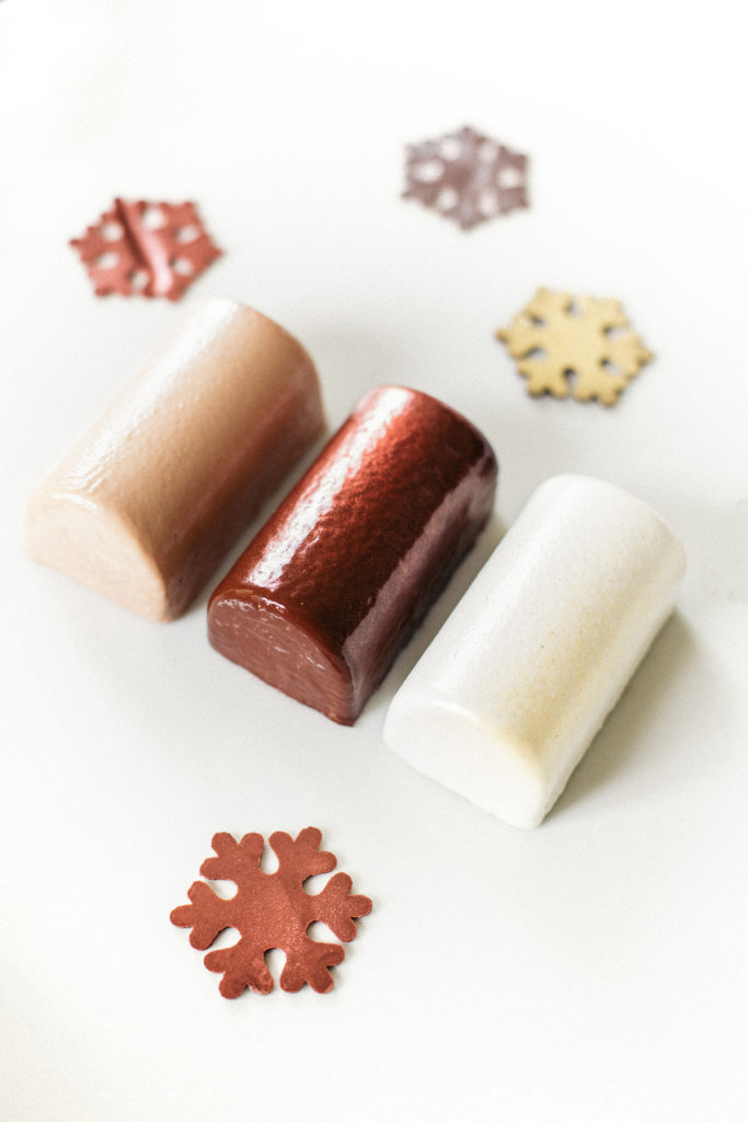 La Bûche Grand Cru Marrons d\u0027Ardèche de la Pâtisserie des Rêves est  disponible sur commande à parr du 30 novembre et en boutique à parr du 14  décembre