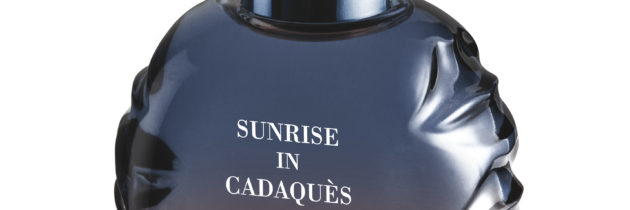 Fenêtre 4 Sunrise in Cadaquès de Salvador Dali